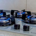 Жителям дома, на время оставшимся без газа, вручат электронные плиты