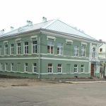 Боровичский бизнесмен восстанавливает купеческий дом и мечтает о прозрачных заборах