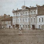 В городе Боровичи может «облысеть» центральная улица