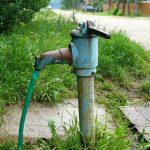 РПЦ и жители Боровичей не поделили колонку с чистой водой